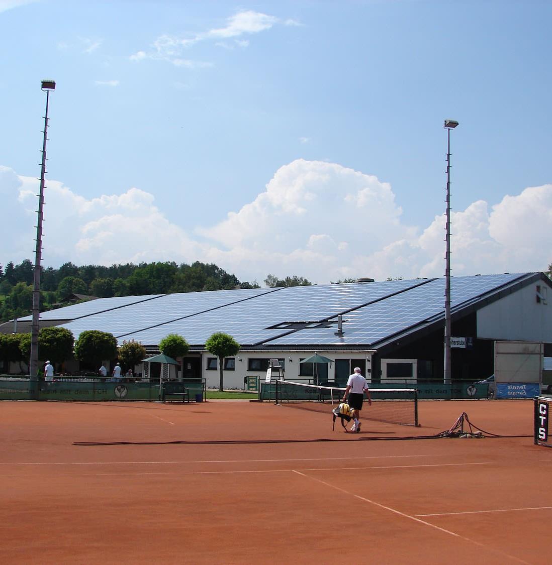 Solarstromanlage in Hechingen (2009), Tennishalle