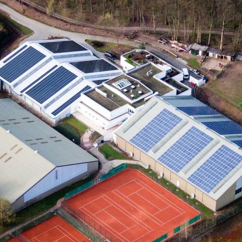 Photovoltaik-Projekt in Stuttgart, WTB Tennishalle
