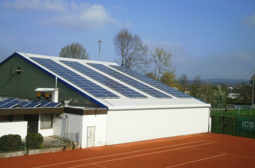 Photovoltaikanlage in Eislingen (2011), Tennishalle